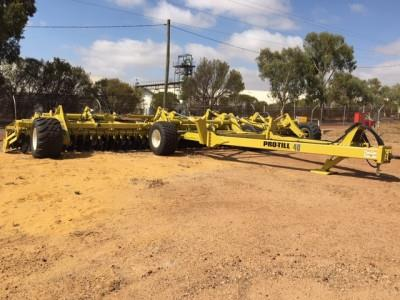 Photo 3. 2018 DEGELMAN PRO TILL 40 FT Mulcher/Soil Conditioner