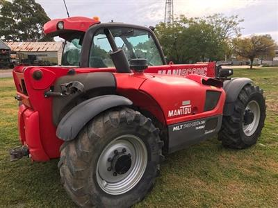 Photo 4. Manitou MLT 741-120 Telescopic Handler