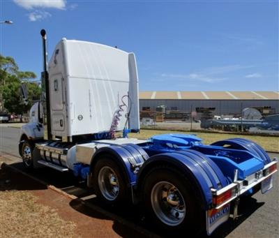Photo 4. Kenworth T403 prime mover