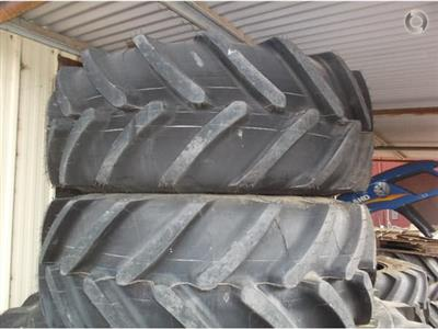 Photo 2. Michelin 520/70R34 &420/70R24 tyre