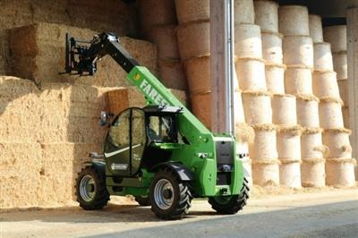 Photo 2. Faresin FH7.45 telehandler
