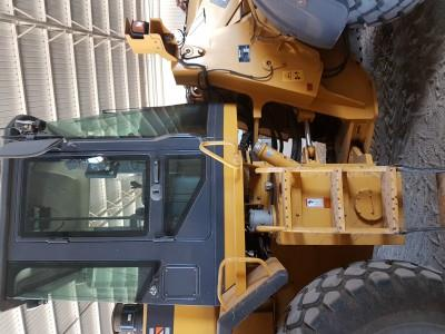 Photo 2. Liugong CLG 856 loader