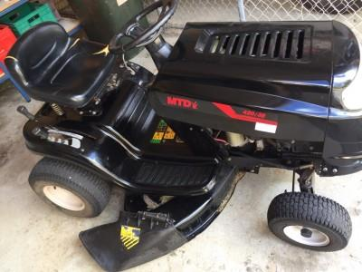Photo 3. MTD 420/38 ride on mower