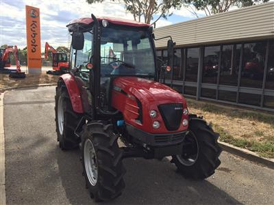 Photo 2. Used Case Tractor Farmall 60B