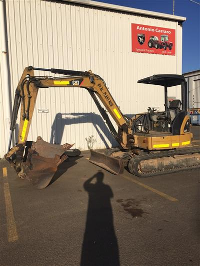 Photo 2. Used Cat 304CCR Excavator
