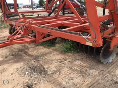 Photo 3. ENNOR 108 PLATE cultivator