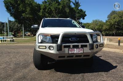 Photo 3. Ford Ranger Wildtrak PX Manual 4x4 Double Cab ute
