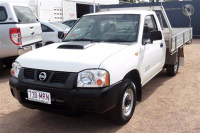 Photo 3. Nissan Navara DX D22 Manual MY10 ute
