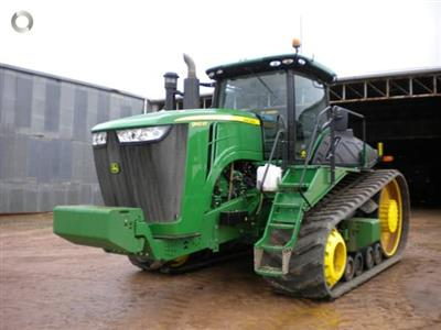Photo 3. John Deere 9560RT tracked tractor