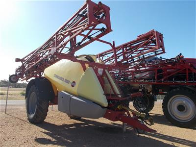 Photo 5. Hardi 5036 Commander Boomspray