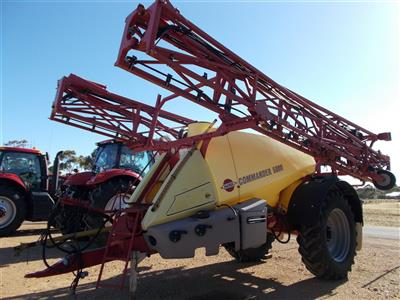 Photo 1. Hardi 5036 Commander Boomspray