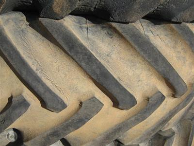 Photo 4. Tyres New & Used