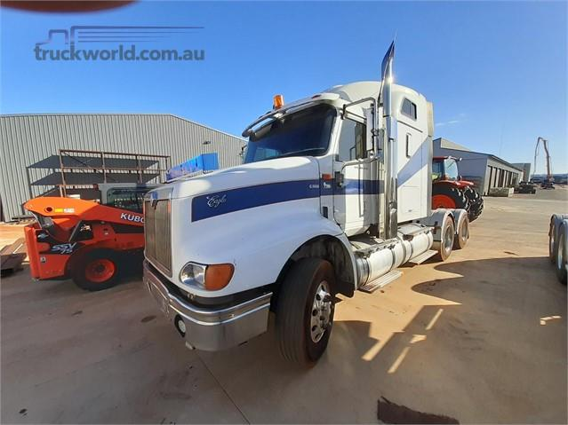 Photo 3. International 9200 Prime Mover