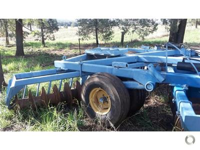 Photo 4. Grizzly S40 cultivator