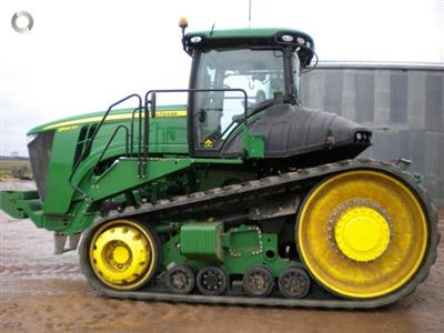 Photo 4. John Deere 9560RT tracked tractor
