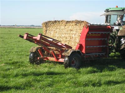 Photo 3. Pa-Mick hay and silage feeder