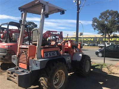 Photo 1. Used Kubota Loader R510