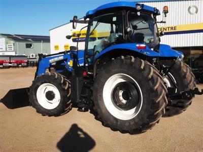 Photo 4. New Holland T6050 Plus tractor