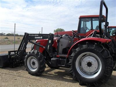 Photo 3. Case IH Maxxfarm 60B Tractor & Loader