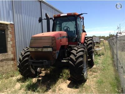 Photo 5. CASE IH MX180 tractor